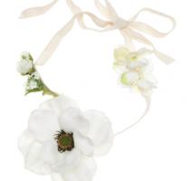 talc_pe13_collier_fleur_blanche