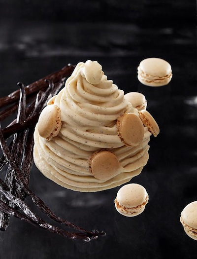 Pierre_Herme_Glace_Macarons 2