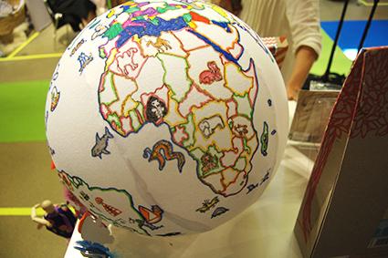 Playtime_Paris_Seedling_Globe