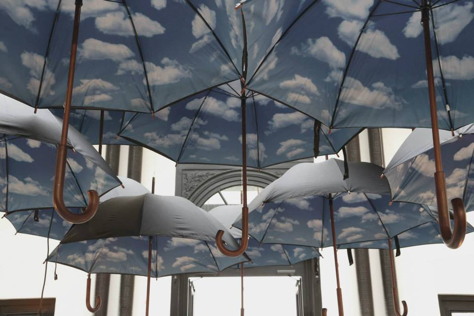 MERCI_Parapluies_noirs_NYC