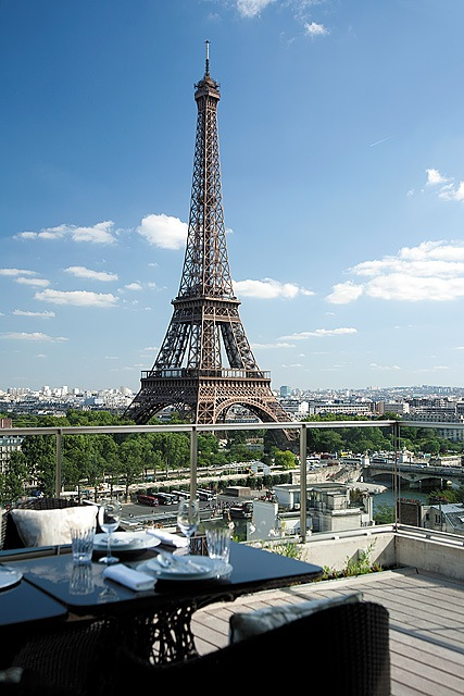 SHANGRI-LA_HOTEL_Terrasse-Rooftop_Lounge_2