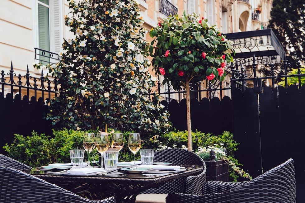 SHANGRI-LA_HOTEL_Terrasse_La_8_Iena_horizontal1