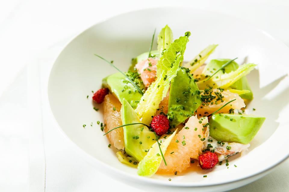 SHANGRI-LA_Salade_Crabe_Pamplemousse_rose