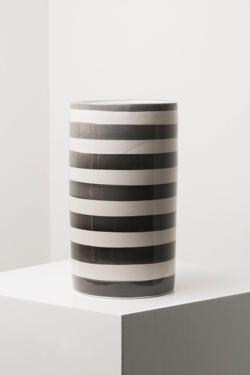 Pomandere-Living-vase-ceramique-raye