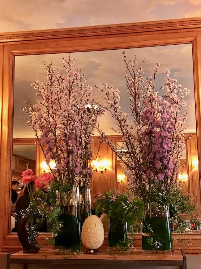 Ladurée-Morihide-Yoshida_Oeuf-limite-bouquets